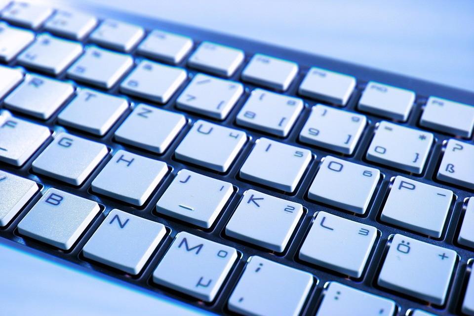 Tłumaczenia online - oferta przekładów Internetowych