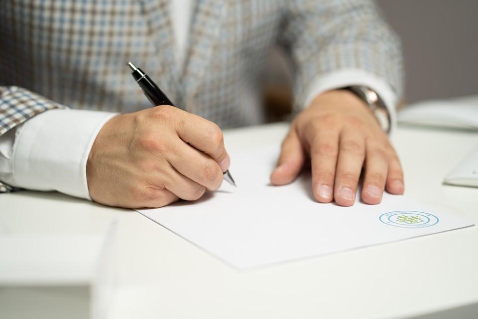Tłumaczenie umów z niderlandzkiego i na niderlandzki